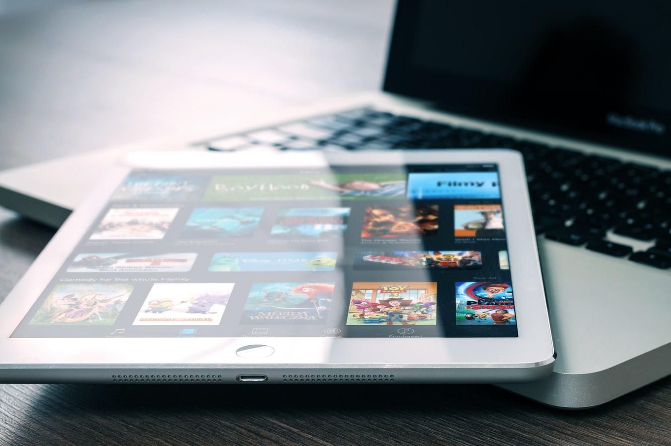התוכנות לעיצוב הפופולריות בשוק העיצוב גרפי ותקשורת חזותית
