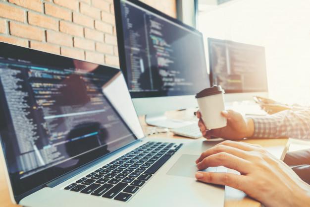 לימוד מעצב אתרים דרך רשת האינטרנט